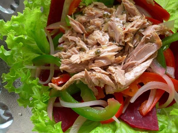 nguyen lieu lam tuna salad