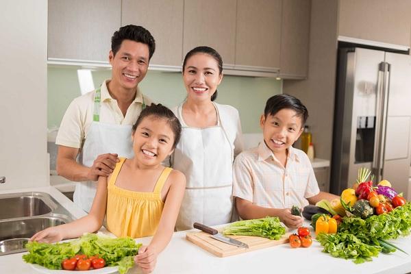 tham gia khóa đào tạo nấu ăn gia đình