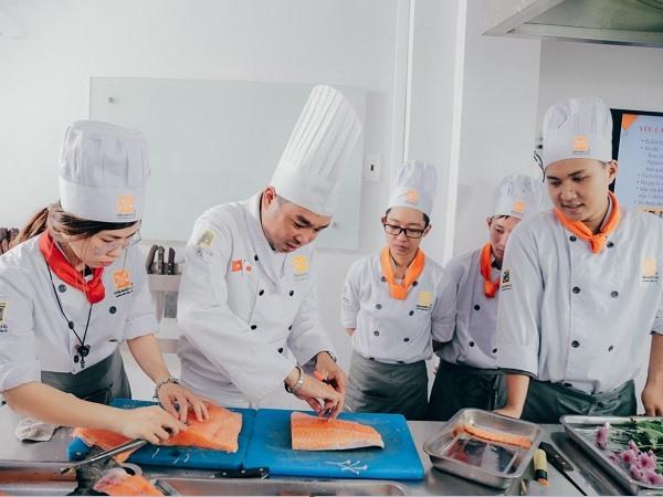 học nấu ăn món á
