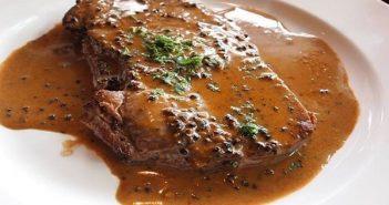 cách làm thịt bò bít tết sốt tiêu đen kiểu âu