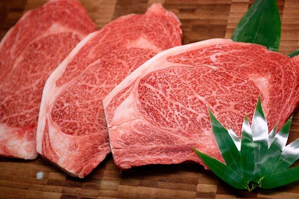 cách làm thịt bò bít tết sốt tiêu đen