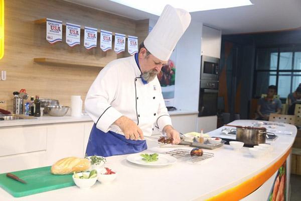 nghề đầu bếp lương bao nhiêu