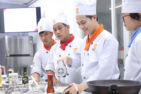 trường dạy nấu ăn ở tphcm