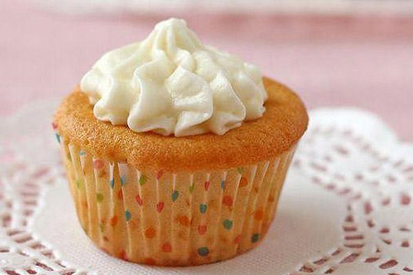 cách làm kem tươi từ whipping cream