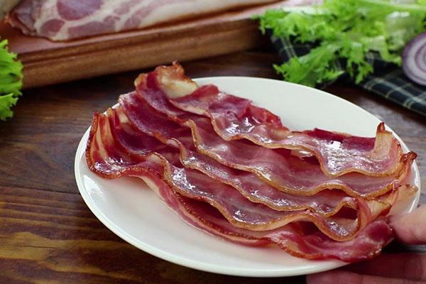 cách chế biến món ăn từ thịt lợn hun khói
