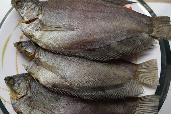 khô cá sặc thịt thơm ngon